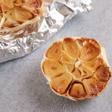 oil-free roasted garlic cut in half