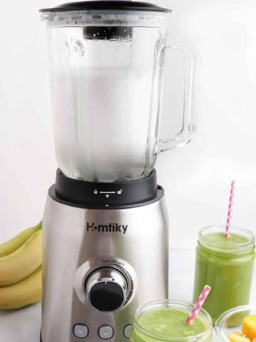 how to clean a blender quickly
