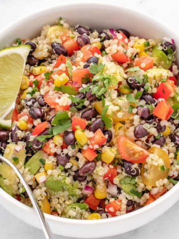 southwest quinoa bowl with black beans and lime