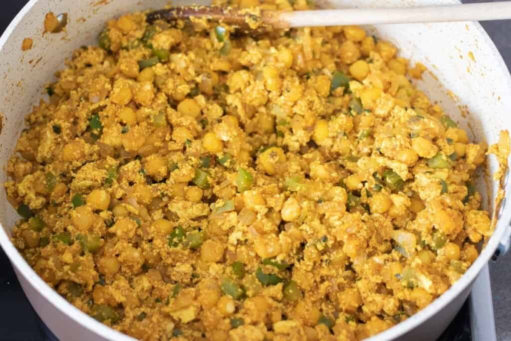 finished spicy tofu scramble in a pan